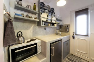 studio with sea view to kyma equipped kitchenette